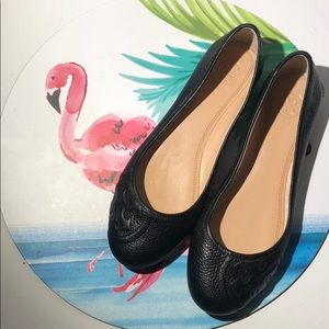 Authentic Tory Burch Reva flats pebbled leather